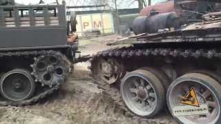 Recovery vehicle Ent Pz 65/88 pulling T-72 Russian Tank SOUND