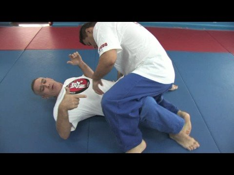 Jiu-Jitsu & Judo Submission Moves : Jiu-Jitsu & Judo Submission Moves: Knee Locks Image 1