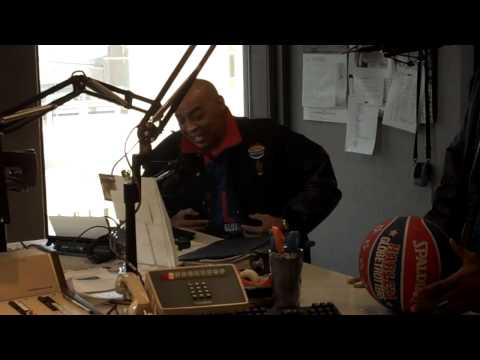 Legendary Harlem Globtrotter - Curly Neal on the Wags & Elliott Morning Show - WLVQ - QFM96.3