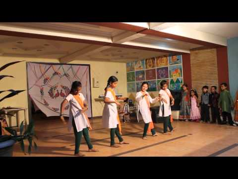 Kids Dance On I Love My India... video