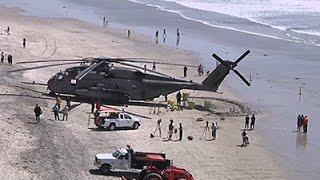 කැලිපෝනියාවේ මුහුදු වෙරලකට හෙලිකොප්ටරයක් බාපු හැටි   Marine Helicopter Forced to Land on CA Beach