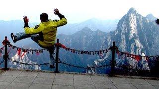 INCREDIBLE Kung Fu at Hua Mountain LIVE.  Climbing Hua Shan!