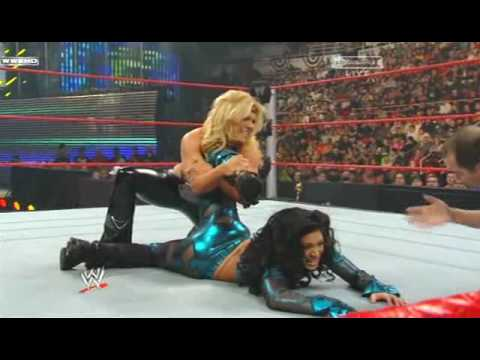 WWE Royal Rumble 2009 Melina vs Beth Phoenix