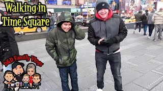 WALKING IN TIME SQUARE NYC | TRAVELING TO NEW YORK | D&D FAMILY VLOGS