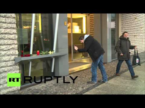 Germany: Berliners lay flowers at French Embassy after Charlie Hebdo shooting