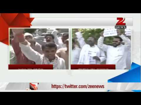 Nitish Kumar's supporters protest against Sharad Yadav