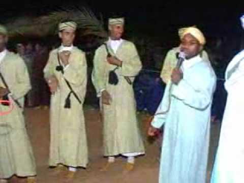 Clip video Ahwach Tata 2010 à Tamanart: Ajma3, Azolid et 3abd o Tata Part 2 - Musique Gratuite Muzikoo