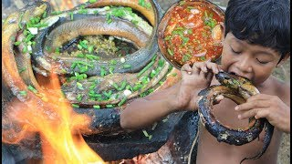 Primitive Technology - Cooking eel on a rock - eating delicious