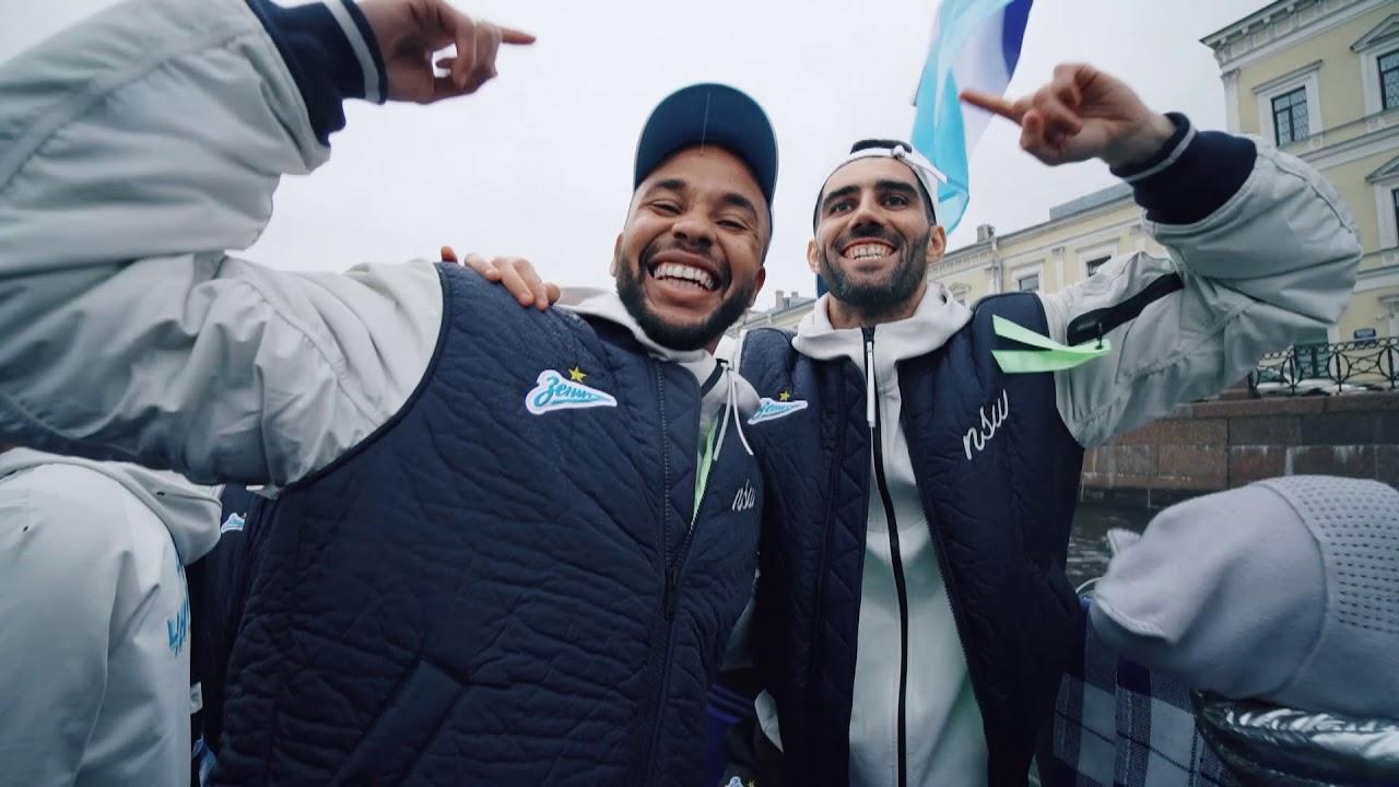 «За победу!»: Сергей Шнуров и Поющее Ядро
