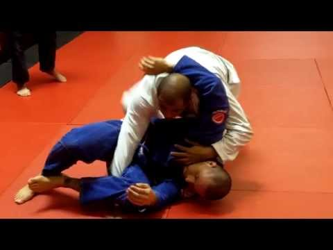 Jiu Jitsu Techniques - Lapel Choke from De La Riva Guard Pass Image 1