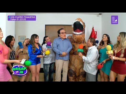 Martín Vizcacha celebra el resultado del referéndum junto a 'Dino'