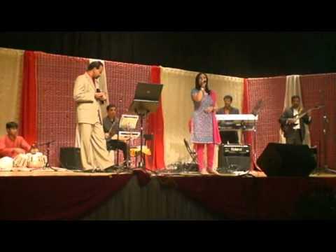 Sunita sings marathi-reshmacha reghani