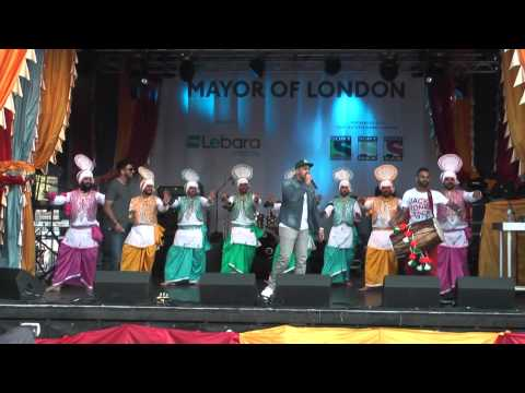 2 Best Punjabi Bhangra Music Dance At Vaisakhi 2014 Trafalgar Sq London video