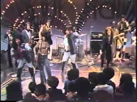 Ike & Tina Turner ~ Nutbush City Limits   SOUL TRAIN