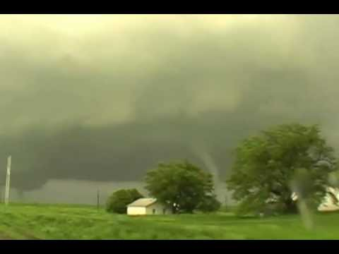 woodward, ok 4-14-12 two sets of sister tornadoes!