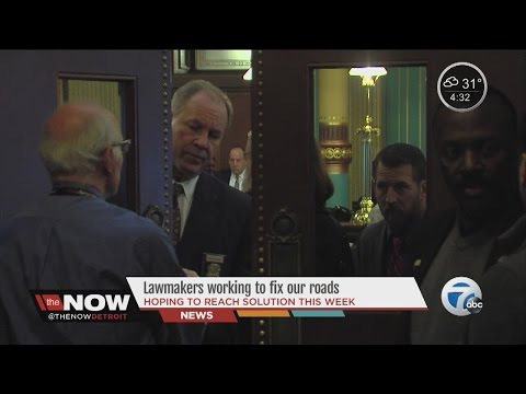 The Now Detroit: Lawmakers working to fix our roads