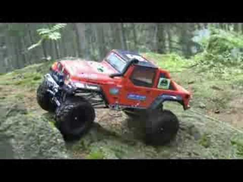 Diablo Crawler in Jeep's skin RC Rock Crawling