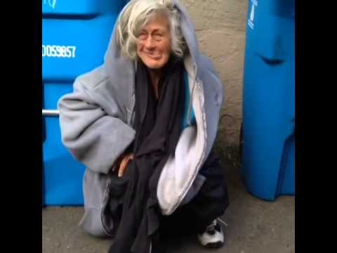 Crackhead Lady Shitting In Public video