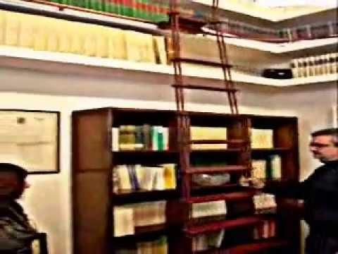 Scala scorrevole per librerie e archivi youtube - Scalette per librerie ...