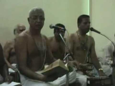 0044 - Paluke Bangara Mayana - Namasankeerthanam By Sri O.S....