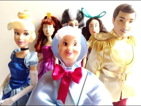 Disney Store: Cinderella Deluxe Doll Set   Fairy Godmother Doll Review Part 2