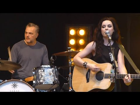 """This is the life"" Amy Macdonald - Live Mashup (Fan Made)"