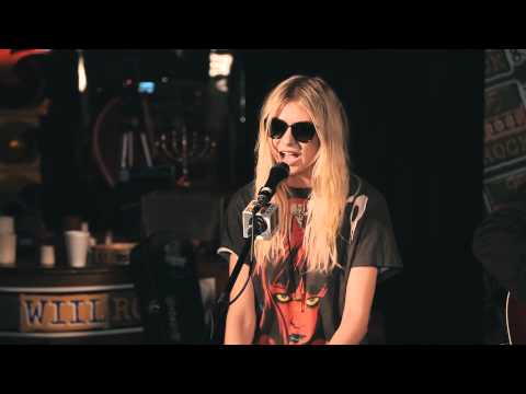 The Pretty Reckless - Make Me Wanna Die & Going to Hell (acoustic, w/ interview)(1080p) Music Videos