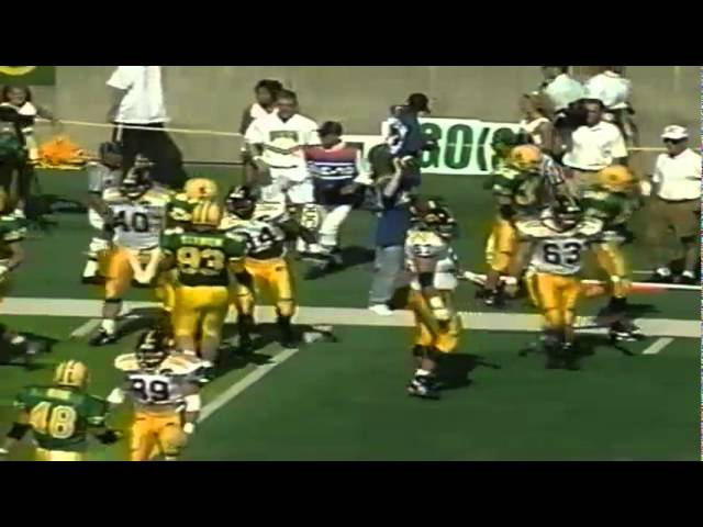 Oregon DT Silila Malepeai blocks an extra point vs. Iowa 9-24-1994