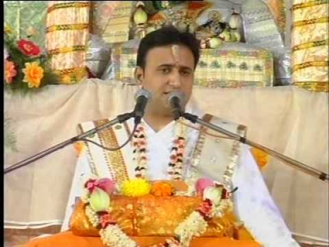 Pushtimarg's Aacharya 108 Shri Yadunathji Mahoday Shri Na Bhajan-7 video