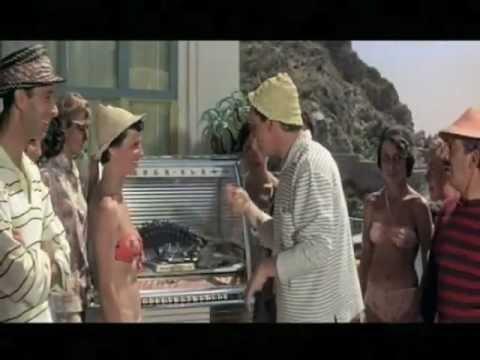 Tipi da spiaggia – Il  cinema sopra Taormina