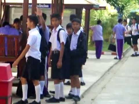 Shy Thai Schoolgirls video