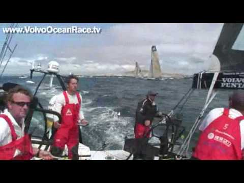 Telefonica Blue Hitting Rocks , Start Leg 9
