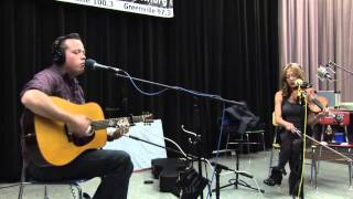 Watch Jason Isbell Relatively Easy video