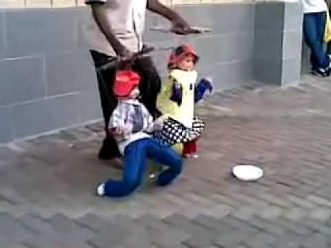 Titeres Bailarines