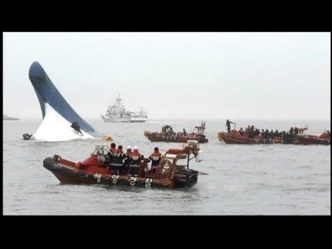 Korean Ferry Carrying High School Students Sinks video