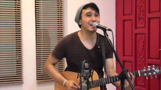 """Happy"" - Pharrell Williams (Joe Ramos Acoustic Cover)"