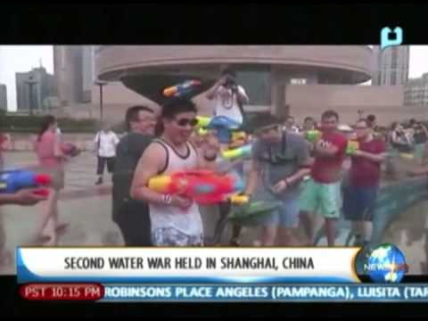 YouSurfer: 2nd water war held in China; Visitors at Madrid zoo get the chance to see animals....