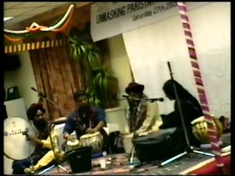 SURAJ JOGI PLAYING WITH JIJI ZARINA BALOCH SINDHI CONCERT IN LONDON-27.9.2003