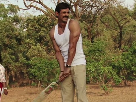 Arjun Rampal Plays Cricket - Chakravyuh