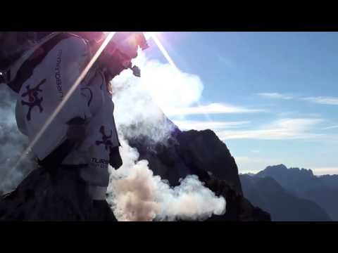 Wingsuit Duet – All Track with smoke (Quarta Pala exit, Dolomites)