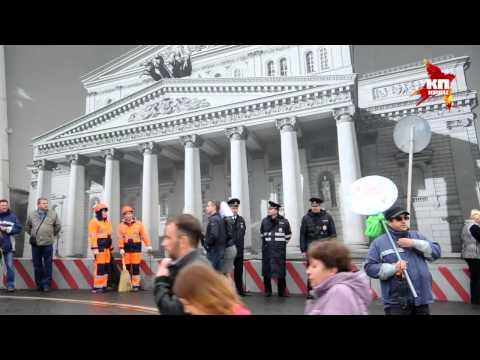 В Первомай на Красную площадь пришли около 140 тысяч москвичей