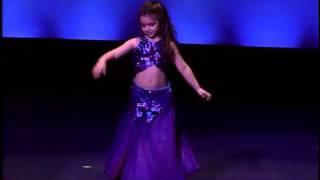 little girl belly dancing / So cute !!!