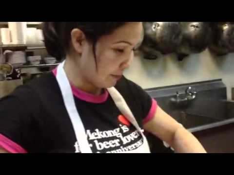 Cocinando pollo con hoja de limon. Melcochehando