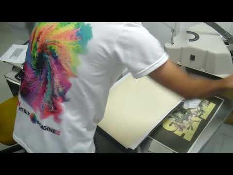 Proceso de estampado de camiseta