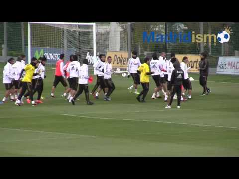 Real Madrid Players Jog in Training Sesson