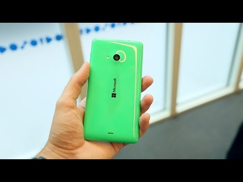 Microsoft's Lumia 535 is colourful and cheap
