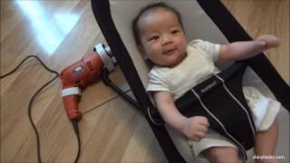Acunar al bebé con una taladradora