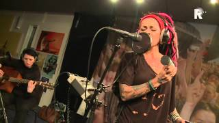 Live uit Lloyd - Dilana Smith - Beautiful monster