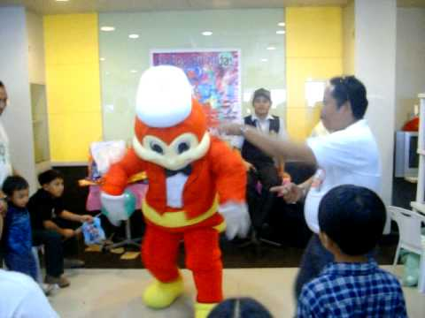 Jollibee Dance.2 - Theme Song video