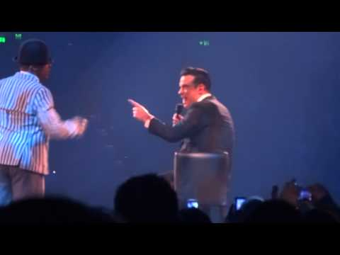 Robbie Williams - Mr Bojangles (FRONT ROW) - 22-Sept-14 Brisbane HD